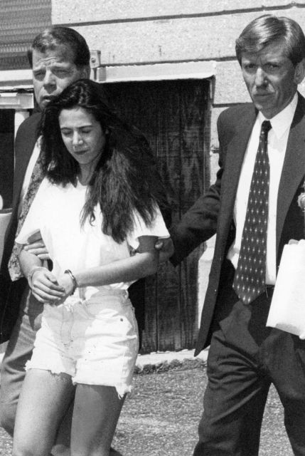 nassau-police-arrest-17-year-old-amy-fisher-three-days-after-she-shot-mary-jo-buttafuoco-the-wife-of-her-lover-joey-buttafuoco