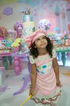 festa-artes-filha-aline-aniversariante-mesa-foto-rafael-barros